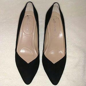 Kelly & Kate, black suede pumps size 8 1/2